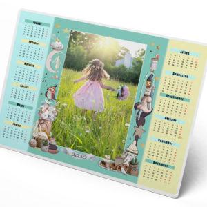 Egyedi fényképes éves naptár